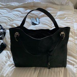 Vince Camuto bag like new
